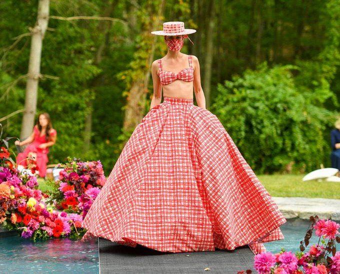 A girl wearing fashion dress